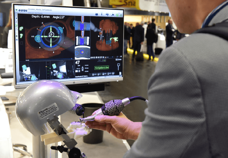 Стоматологические технологии космического уровня: Андрей Беда побывал на бизнес-саммите в Кёльне